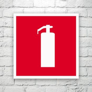 Табличка Огнетушитель 20х20 см (код 91306)
